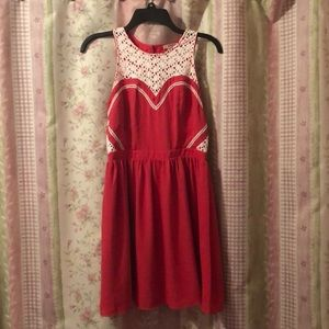 Size S Esley Red Sweetheart Dress